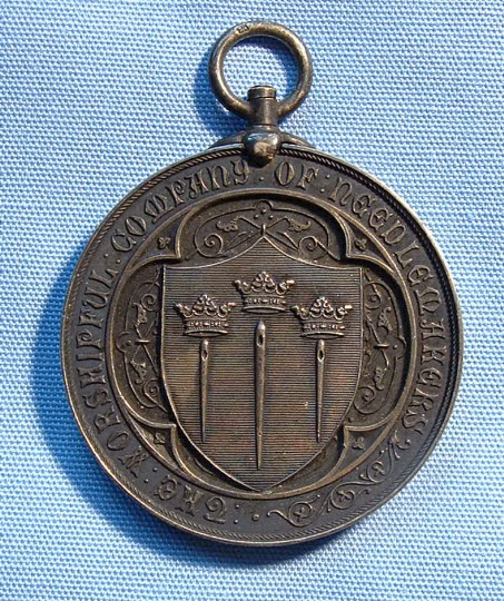 Past Master's Badge, Needlemakers' Company