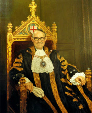 Alderman The Rt Hon Lord Mais of Walbrook GBE (1911-1993)